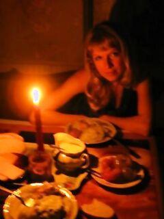 После романтического ужина отымел зазнобу