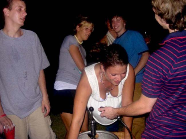 Пьяные девушки очень доступны