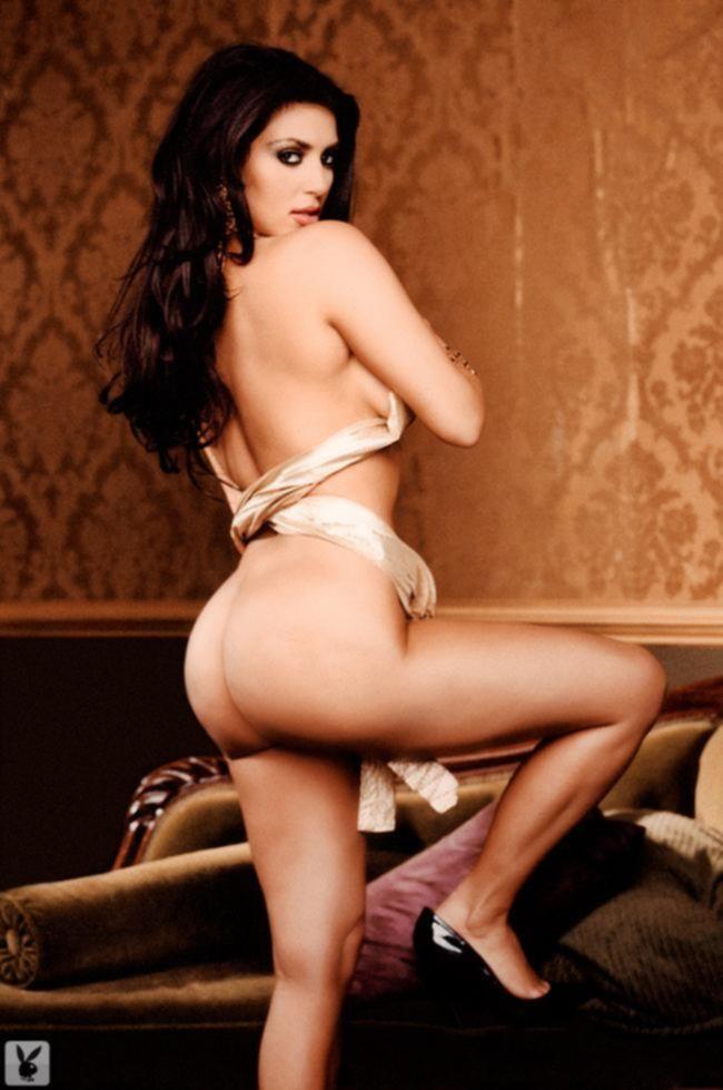 Обнаженная Kim Kardashian