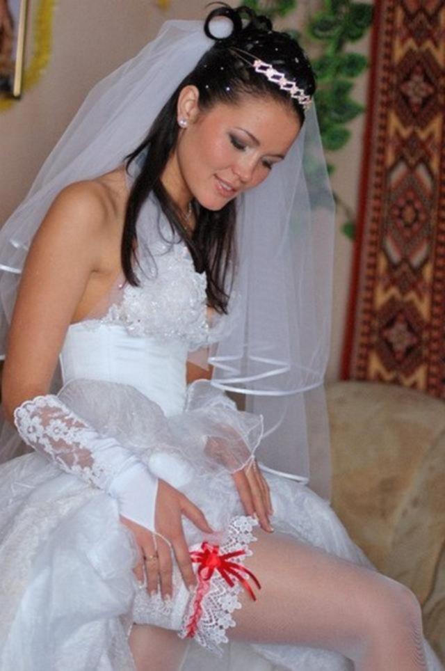 Влюбленная пара до и после свадьбы