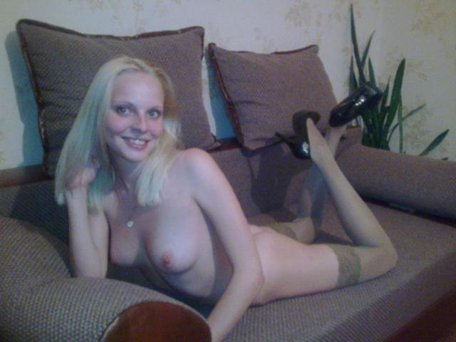Красивые блондинки слишком откровенны