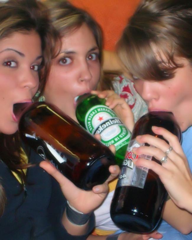 Пьяные крошки любят пошалить