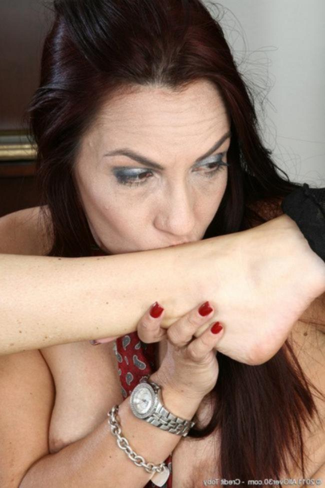 Порнушка зрелых мамочек - лесбиянок